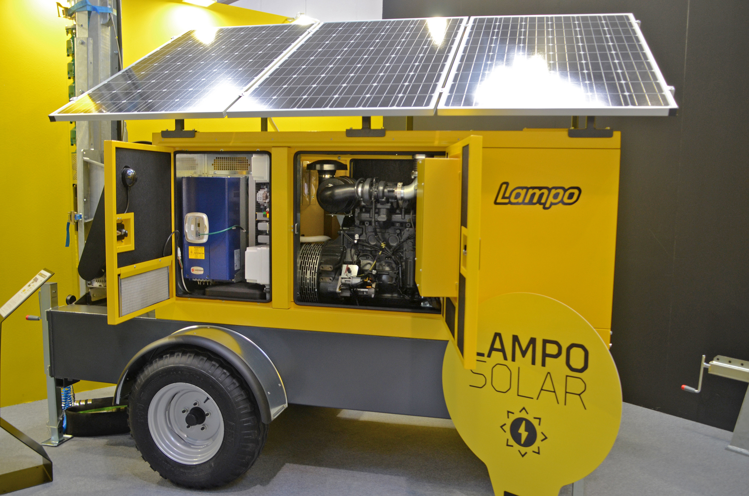 Euromacchine Lampo Green irrigation engine/generator with solar panels display at Agritechnica