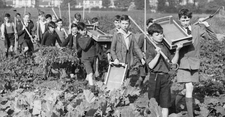 kids from 1940's in garden