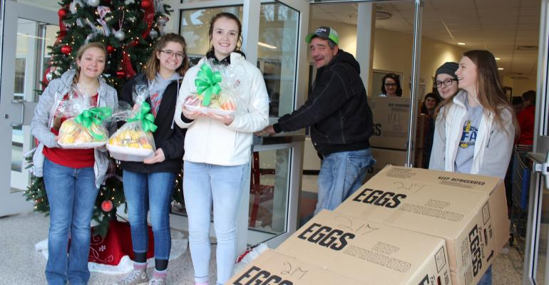 Crothersville FFA members make a delivery