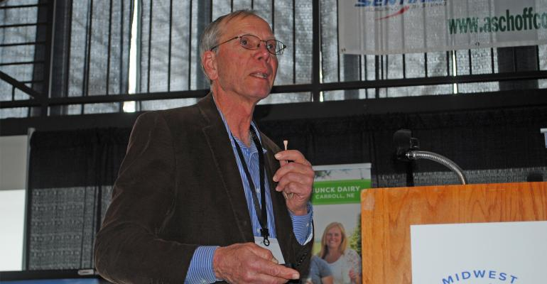 Lowell Mueller, Hooper, Neb., is talking to Dairy Farmers at convention