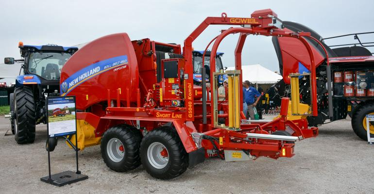 The G5040 Kombi merges baler and wrapper into one unit and can be combined with all common round balers