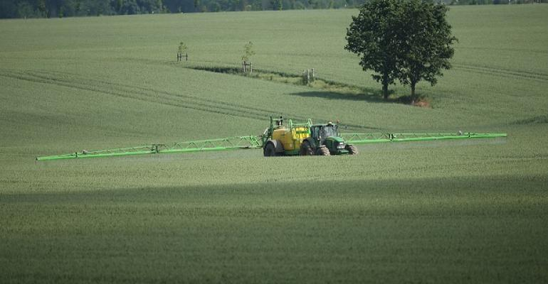 2.01 newsletter sprayer GettyImages-699200310.jpg