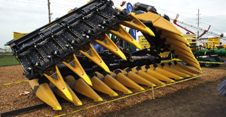 Largest folding corn head built by Geringhoff