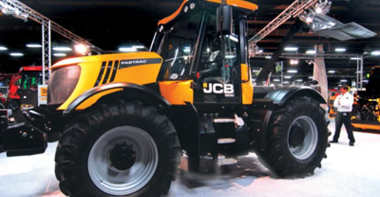 JCB's new Fastrac Xtra row-crop tractor