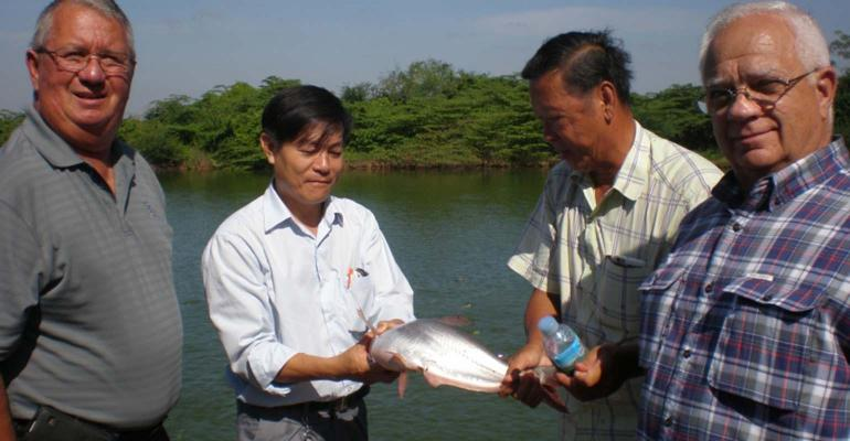 WISHH Program Committee Member David Lueck of Missouri (left) is an eye witness to Cambodia's growing aquaculture sector and the opportunities for U.S. soy in aquaculture feed.