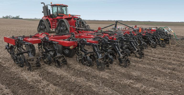 Case IH launches a new striptill rig but also adds Aim Command Flex and a 25th anniversary limitededition sprayer to the line as well