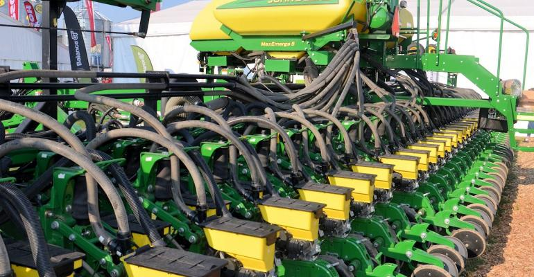 Pushing for equidistant planting Stine Seeds worked with John Deere to develop this planter with twinrows on 20inch centers