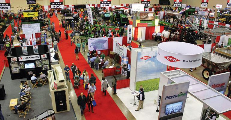 2016 Mid-South Farm & Gin Show floor