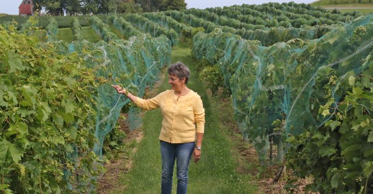 Therese Bergholz in vineyard