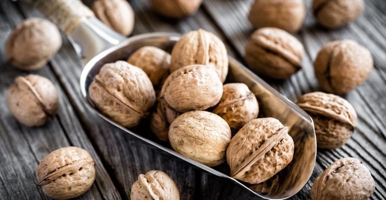 stock photo walnuts Thinkstock