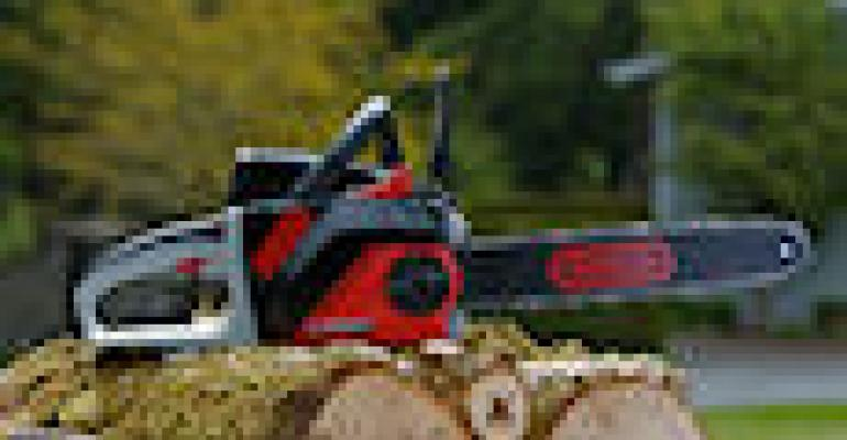 Blount Unveils Cordless Oregon Chainsaw