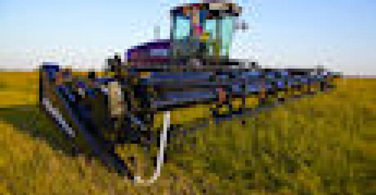 MacDon Completes Self-Propelled Windrower Lineup