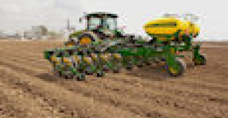 Deere Takes Twin-Row Planters to the South