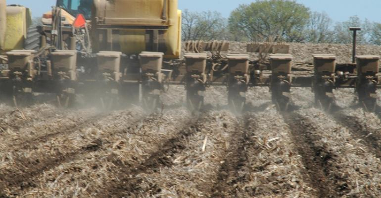 Survey Says Growers Will Seek More Precision Ag, On-Farm Research from Ag Retailers