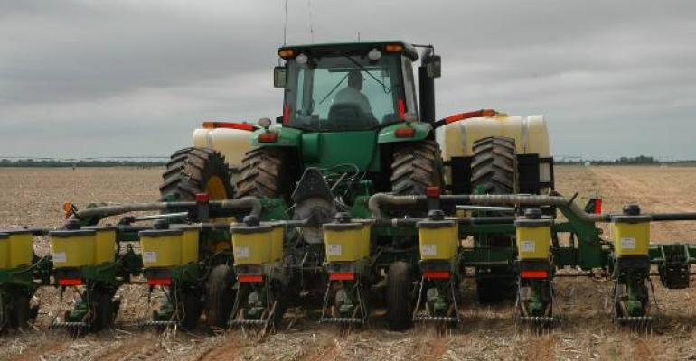 AS PLANTING TIME NEARS Southern Plains farmers are taking a cautious approach to production strategies but hoping timely rainfall will get crops off to a good start