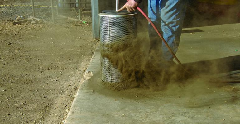Filter Blaster for blasting air filters in large ag machinery