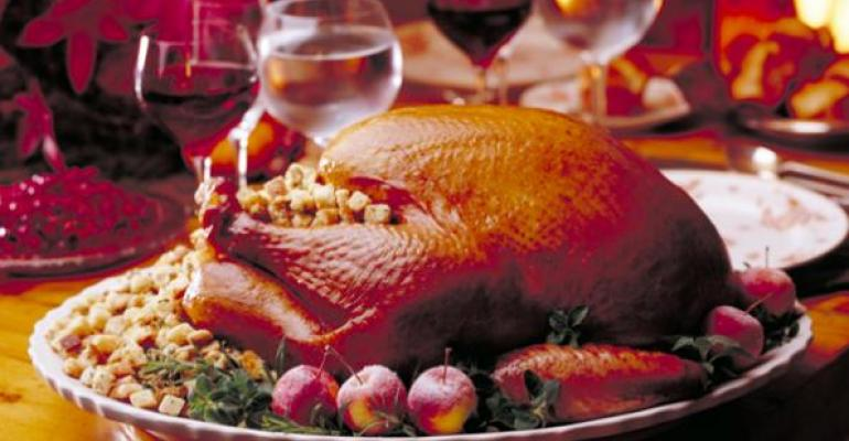 Thanksgiving dinner prices continue to rise slightly