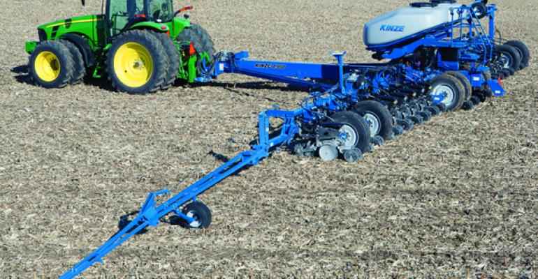 Kinze introduces new narrow-transport, front-fold 4900 planter series