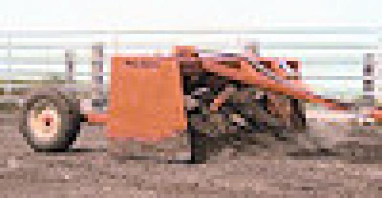 Machine Offers Dirt-Moving Capacity