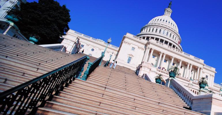 House passes bill to reauthorize CFTC through 2018