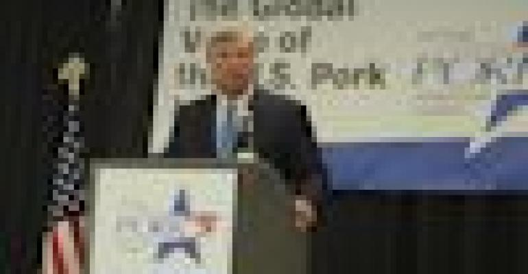 Vilsack Announces PEDV Funding at World Pork Expo