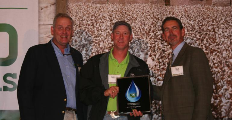 KEYLON GHOLSTON left and Dave Albers right congratulate Darren Jost of Garden City Texas for finishing in the top three of Deltapine39s Water Use Efficiency Recognitions The program honors West Texas NPE growers who made the most pounds of lint per inch of water in a waterlimited environment NPE stands for growers who agree to be new product evaluator growers for the company