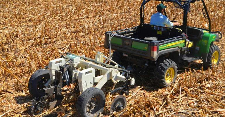 The new Veris U3000 includes two sensors that map organic matter and soil texture A new tillagemounted rig also is available