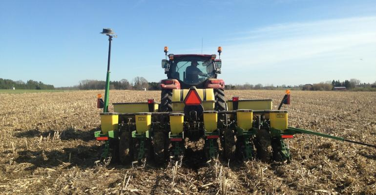 Planting corn into a residue heavy field without tillage may be common elsewhere but in the cold wet soils around Marshfield Wisconsin it is the anomaly quotIt won39t work herequot is a common refrain However a group of local farmers and the local Univ of Wisc research station are making it work