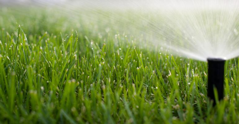 yard-sprinkler_GettyImages-186749334-web.jpg