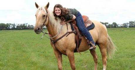 Sarah McNaughton on her horse