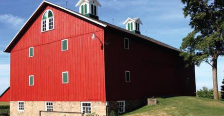 Robinson barn in Cedar County