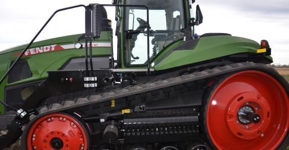 Take a look at Fendt's largest tractor