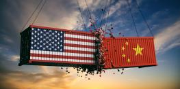 US-China-trade-war-shipping-containers-GettyImages_1056780444.jpg
