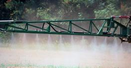 early-herbicide-application-haire-low.jpg