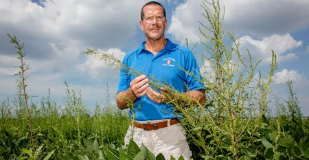 U of I Weed Scientist Aaron Hager